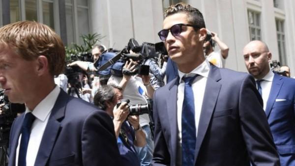 الحكم بالسجن والغرامة في انتظار كريستيانو رونالدو عام 2019