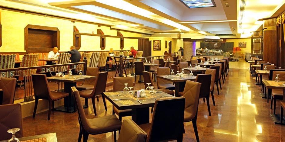 مطعم في الإمارات يجبر زبائنه على دفع غرامة في حال عدم إنهاء طعامهم!