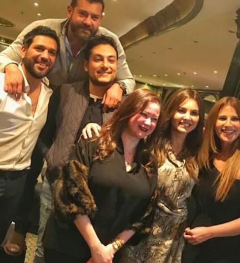 ابطال مسلسل الدالي يجتمعون في عيد ميلاد الرداد
