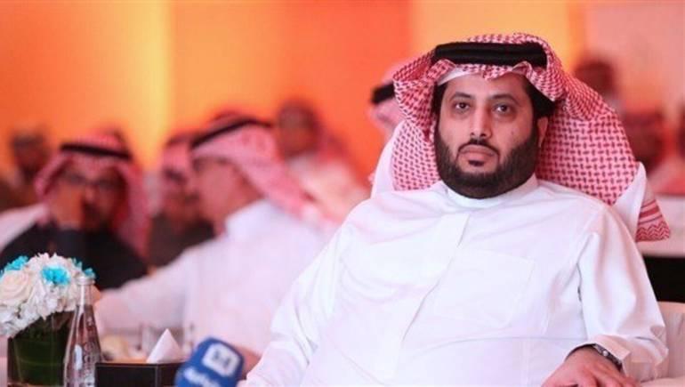 بالفيديو.. تركي آل الشيخ يجمع الثنائي الأشهر في السعودية بعد غياب طويل
