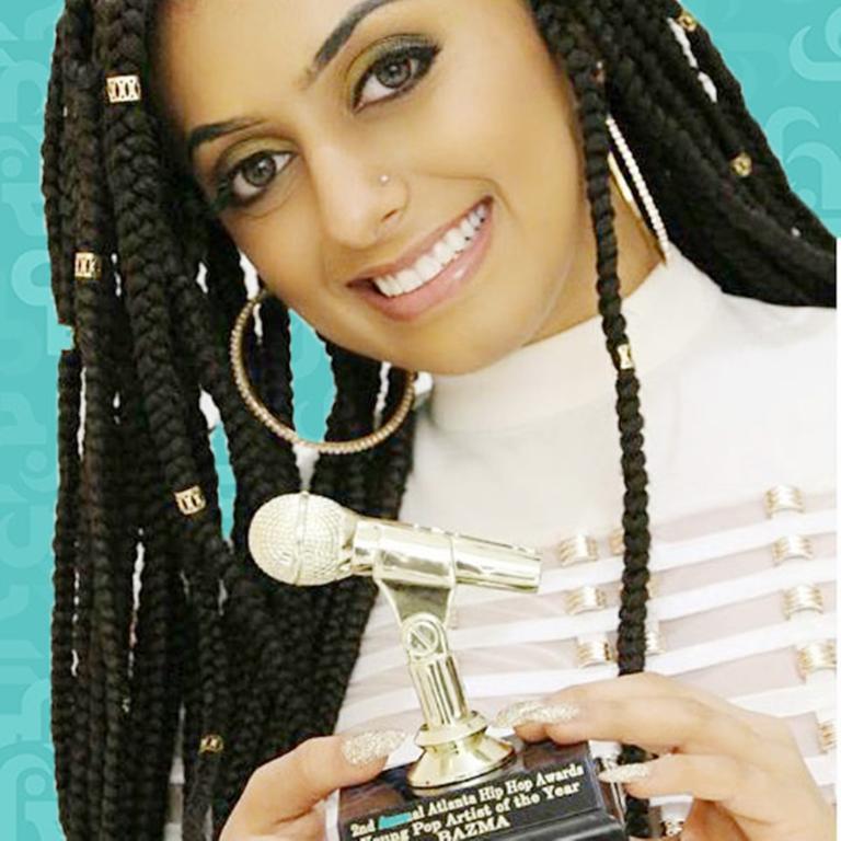 أول-مغنية-بوب-سعودية