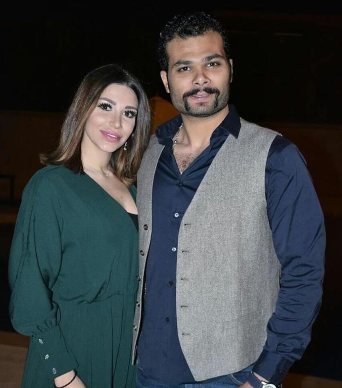 سارة-نخلة-مع-زوجها-السابق-احمد-عبدالله-محمود