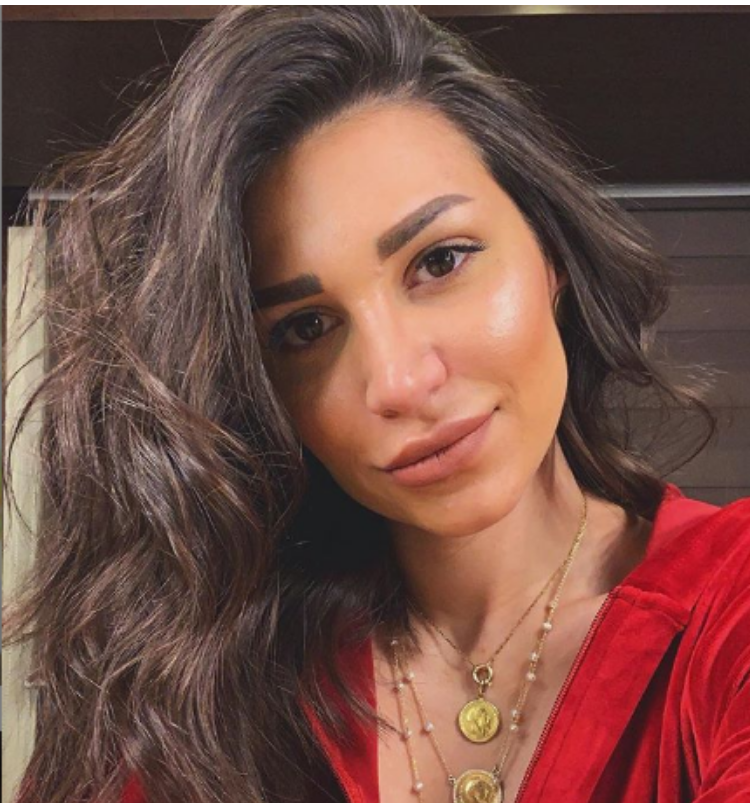 سارة-نخلة