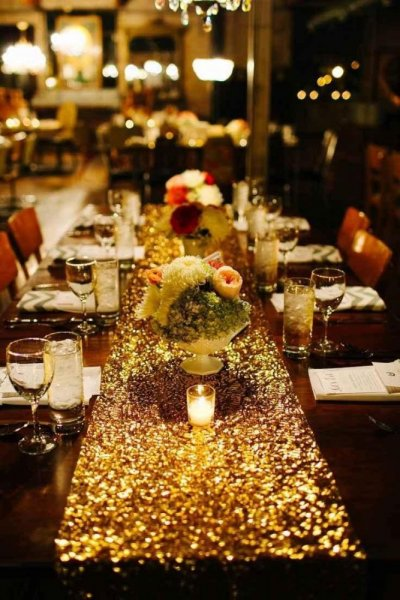 طاولة-ذهبية