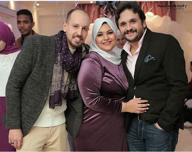 مصطفى خاطر وشقيقته