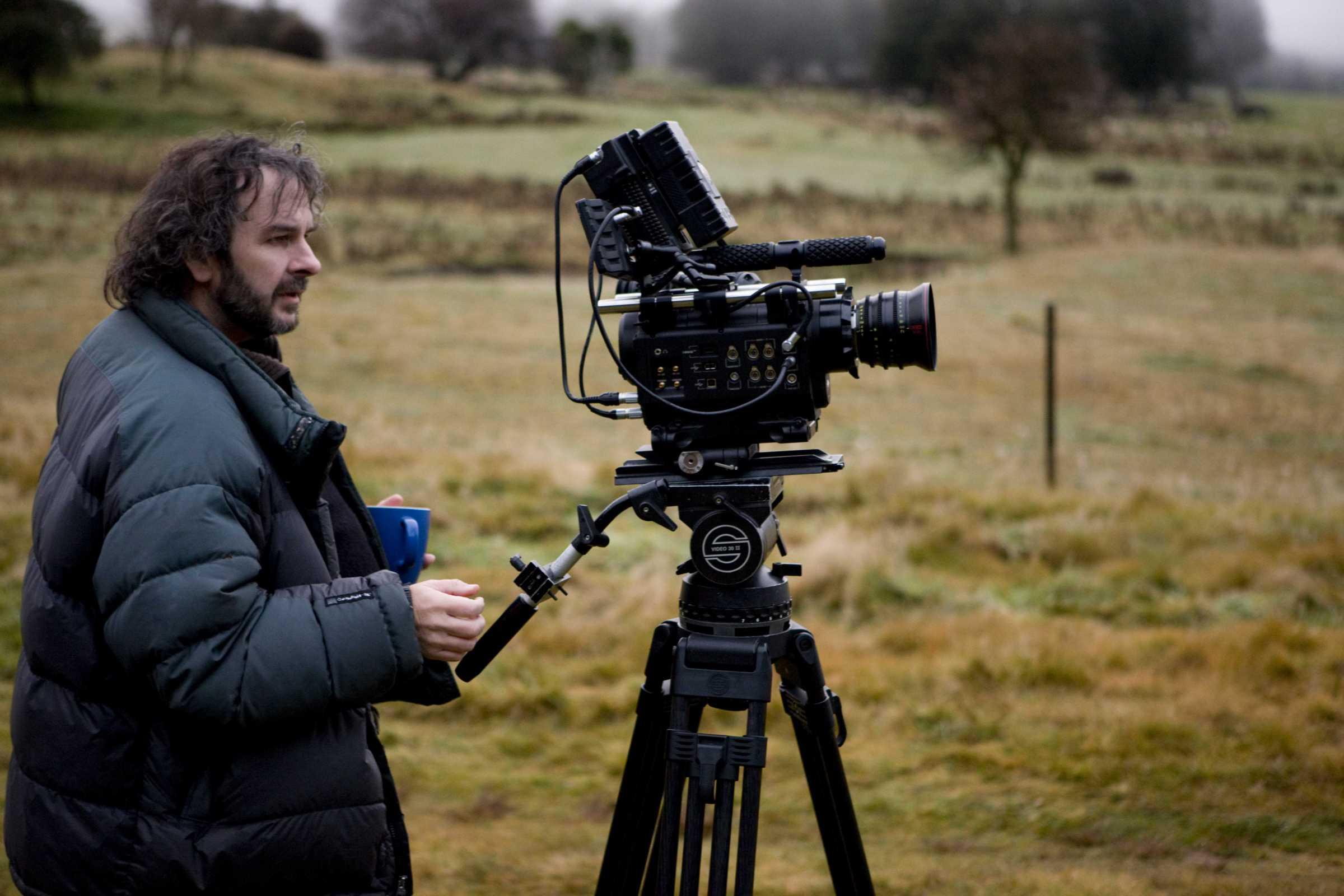 المخرج بيتر جاكسون يستعد لإخراج فيلم وثائقي عن فريق البيتلز