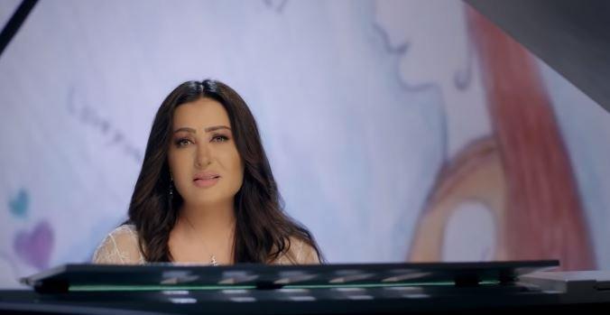 لطيفة تطرح أغنية أمي بمناسبة أغاني عيد الأم 2019