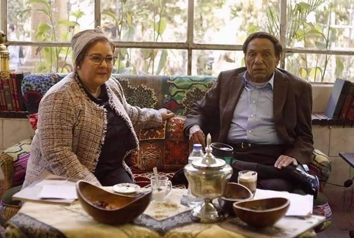 عادل إمام ودلال عبدالعزيز خلال تصوير مسلسل فالنتينو