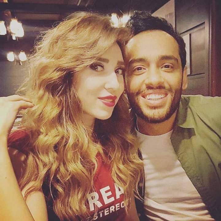 صور رامي جمال وزوجته