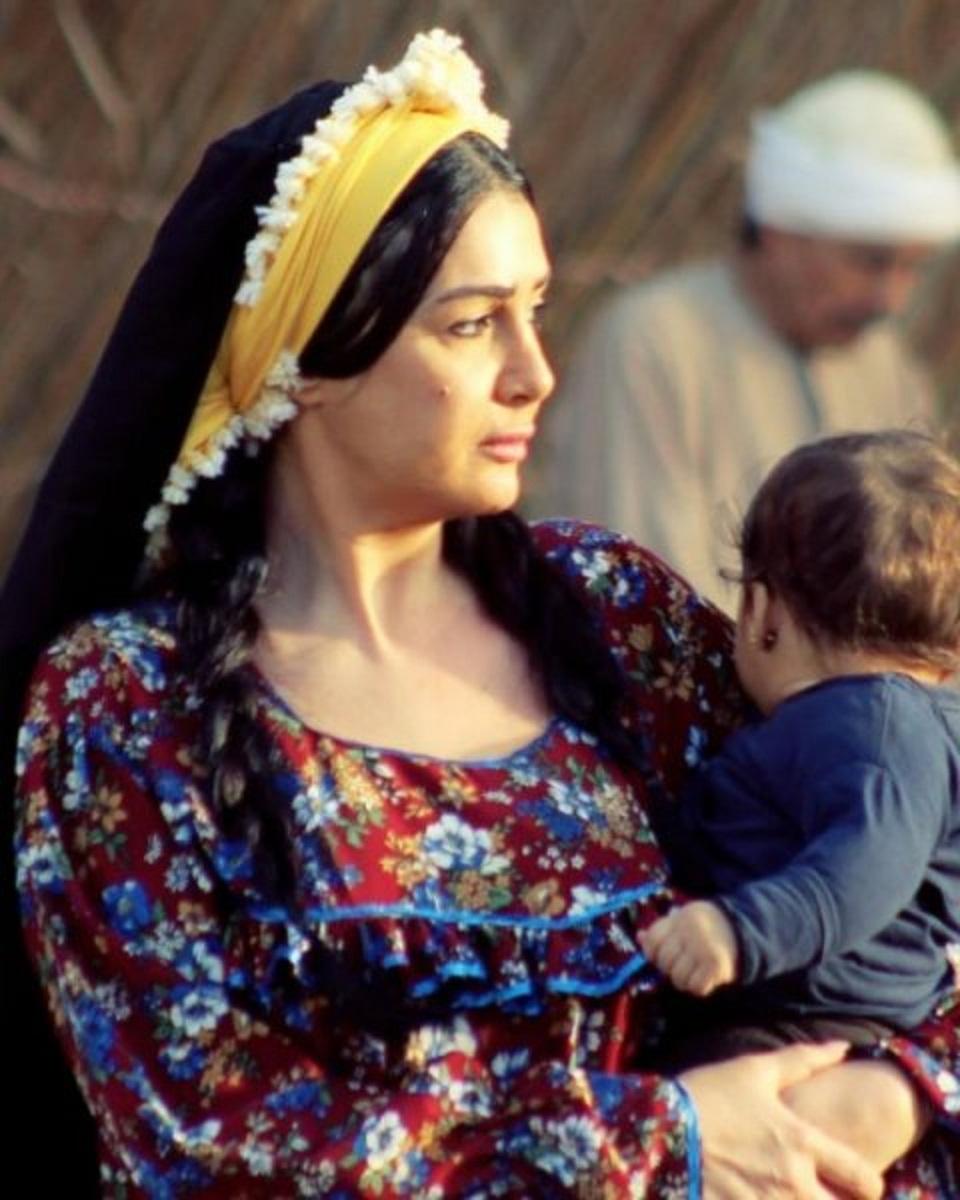 غادة-عبدالرازق-في-مسلسل-حدوتة-مرة-رمضان-2019- (1)