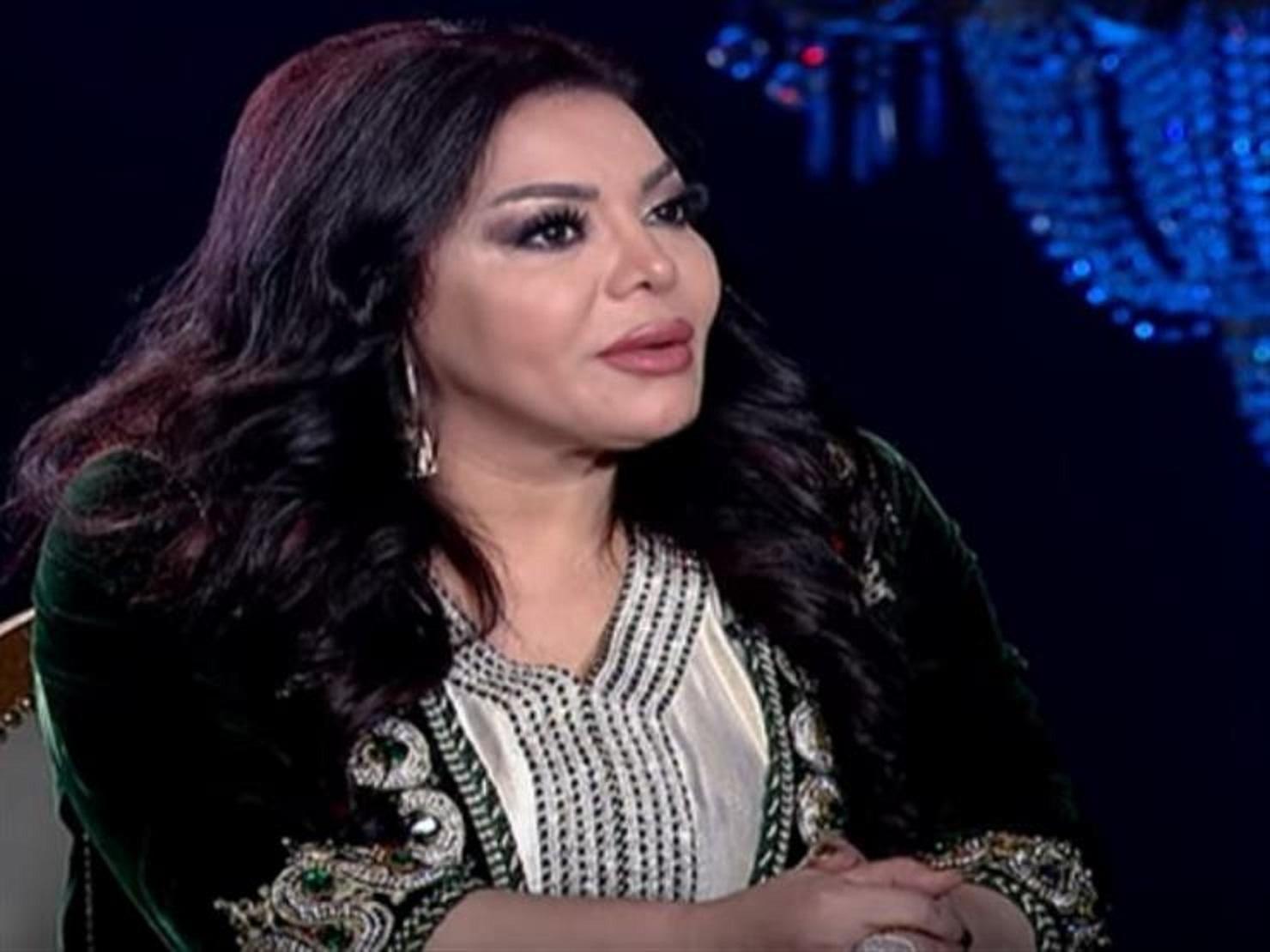ليلي-غفران-ومحمد-رمضان-في-شيخ-الحارة-مع-بسمة-وهبة- (2)