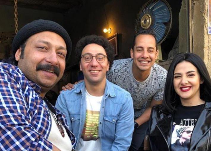 فريق عمل مسلسل النجمة دنيا سمير غانم بدل الحدوتة ثلاثة