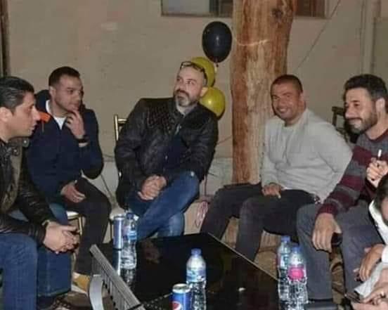 عمرو دياب مع أسرة مسلسل زي الشمس