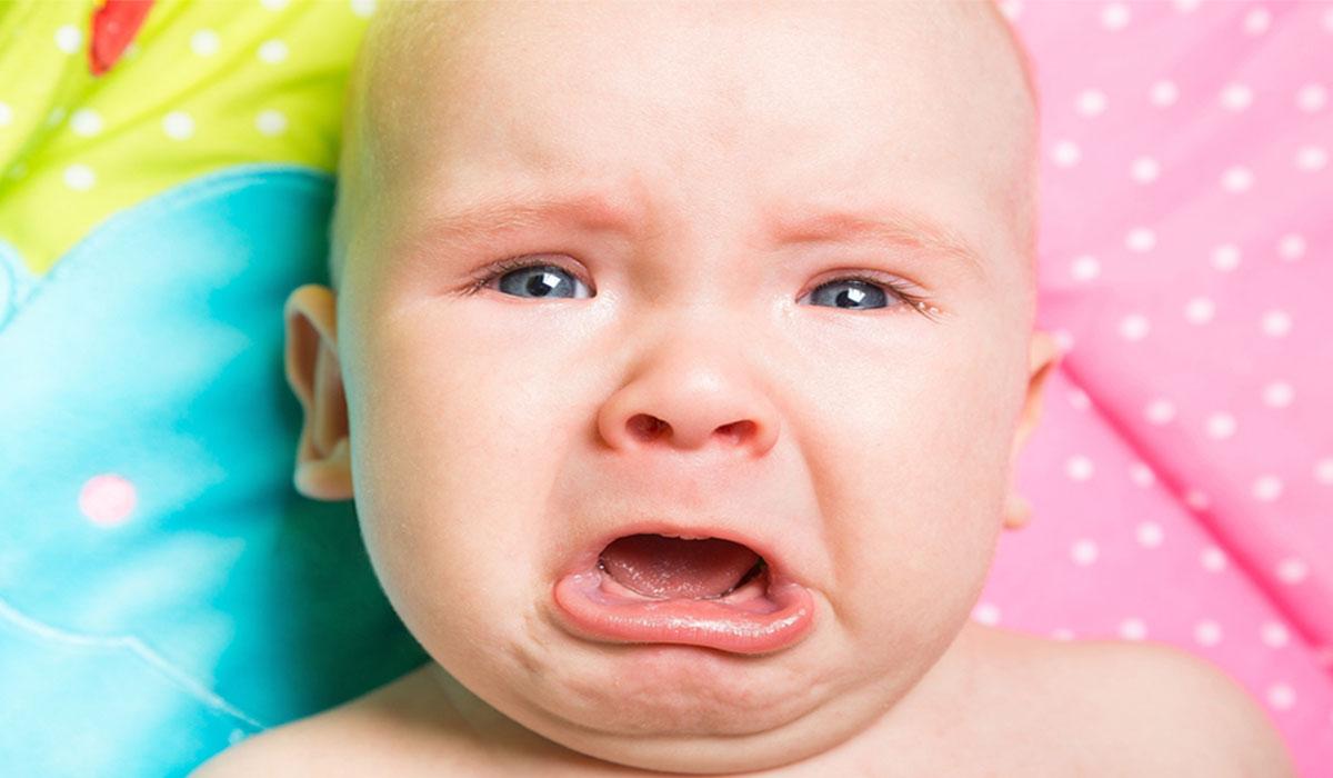 نظام ذكي يكشف سبب بكاء وصراخ الأطفال ويترجم ما يريدون!