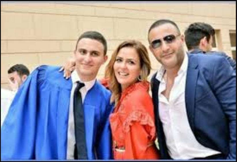 صور-أحمد-السقا-وزوجته- (1)