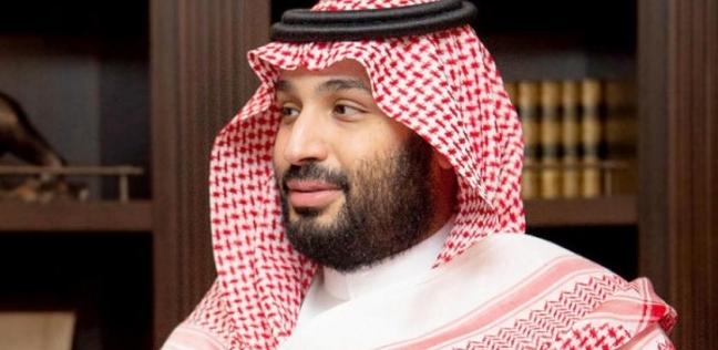 بالصور والفيديو.. ولي العهد السعودي يلبي رغبة طفل ويلتقط صورة سيلفي معه
