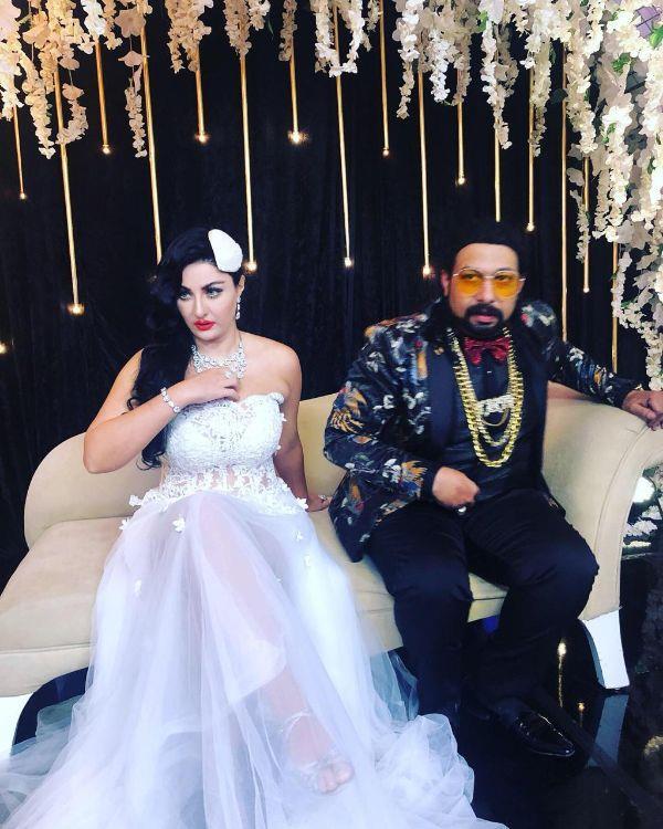 النجم الكوميدي محمد ثروت مع الراقصة صافيناز