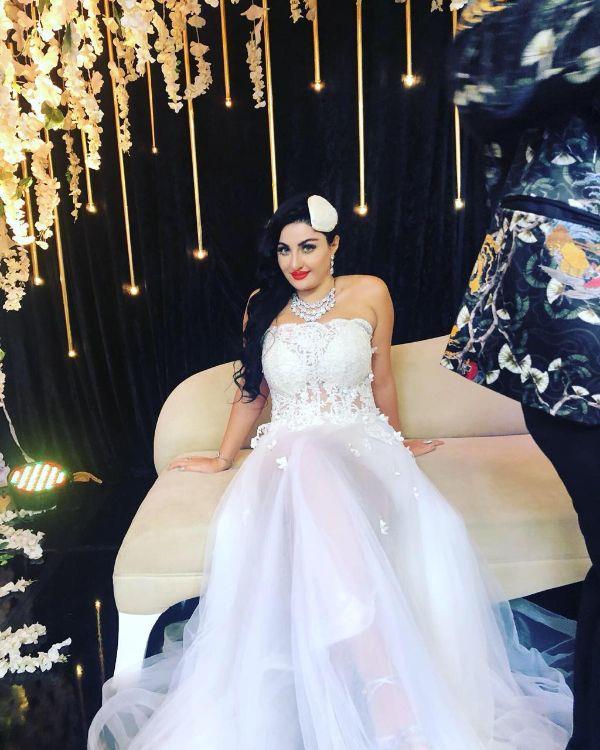 صورة صافيناز بفستان الزفاف