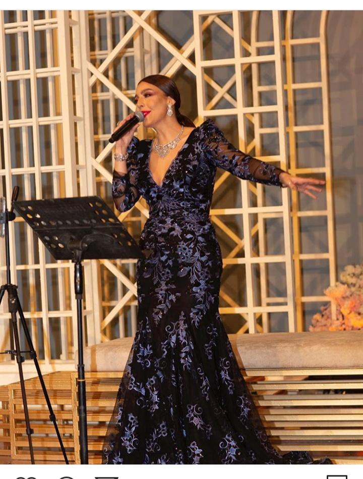 النجمة اللبنانية ليلى إسكندر في أحد حفلاتها
