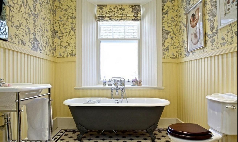 تصميم حديث لورق حائط مقاوم للماء للحمام
