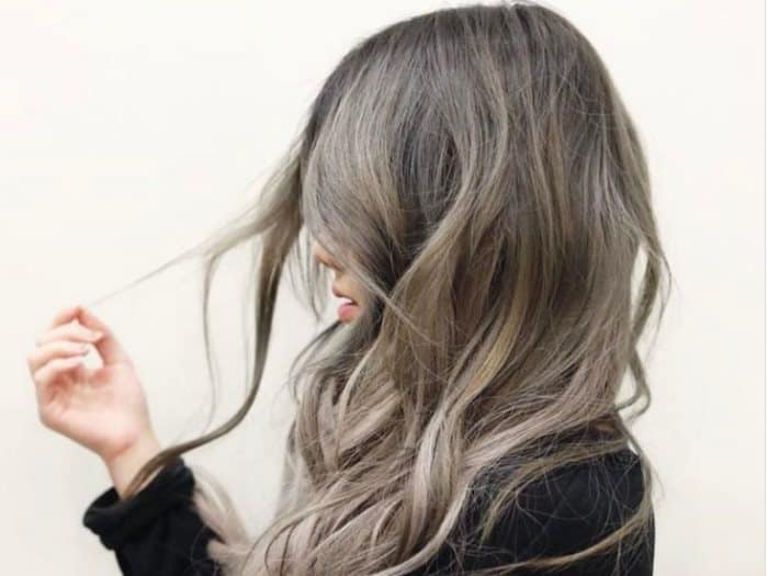 صبغة شعر باللون الرمادي الزيتي