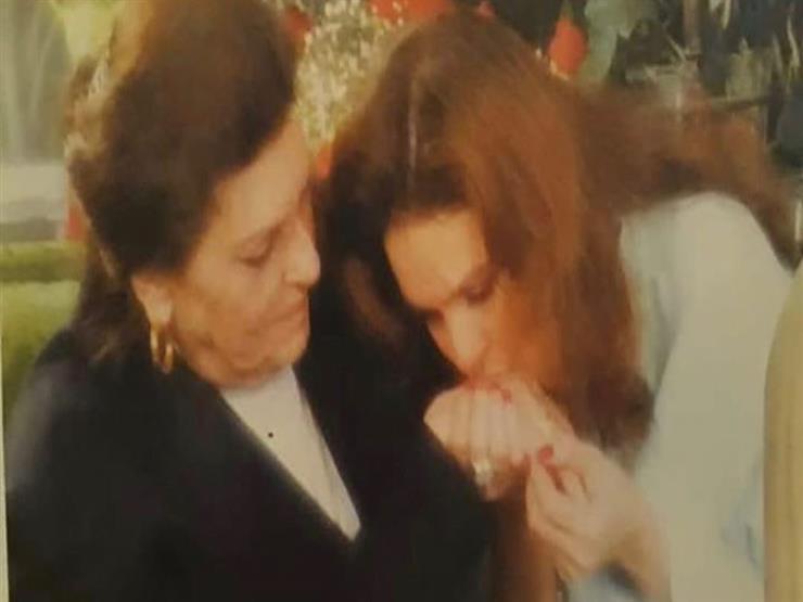 عزاء-والدة-يسرا-