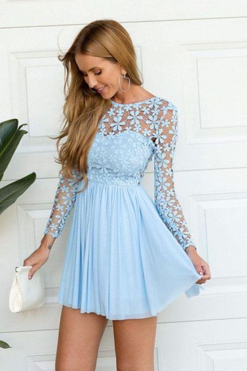 فستان جذاب باللون البيبي بلو