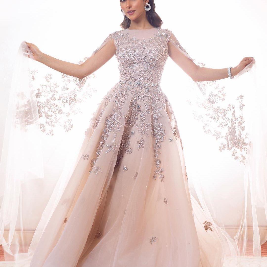 فستان خيالي لإطلالة متميزة