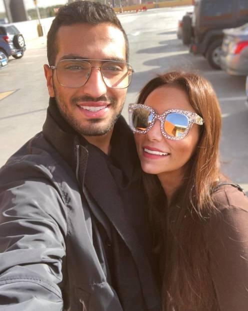محمد-الشرنوبي-وخطيبته-سارة-الطباخ- (2)