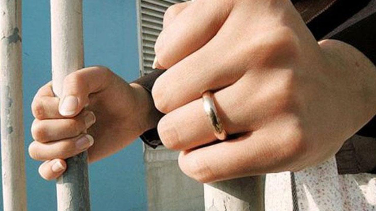 ضبط زوجة متلبسة بجريمة الزنا مع مطرب بعد بلاغ زوجها !