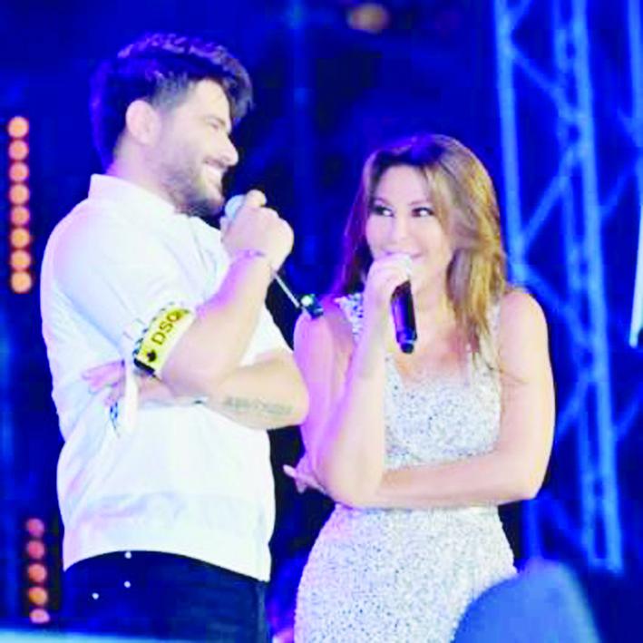 إليسا مع ناصيف زيتون في ديو غنائي جديد بحفلها في لبنان