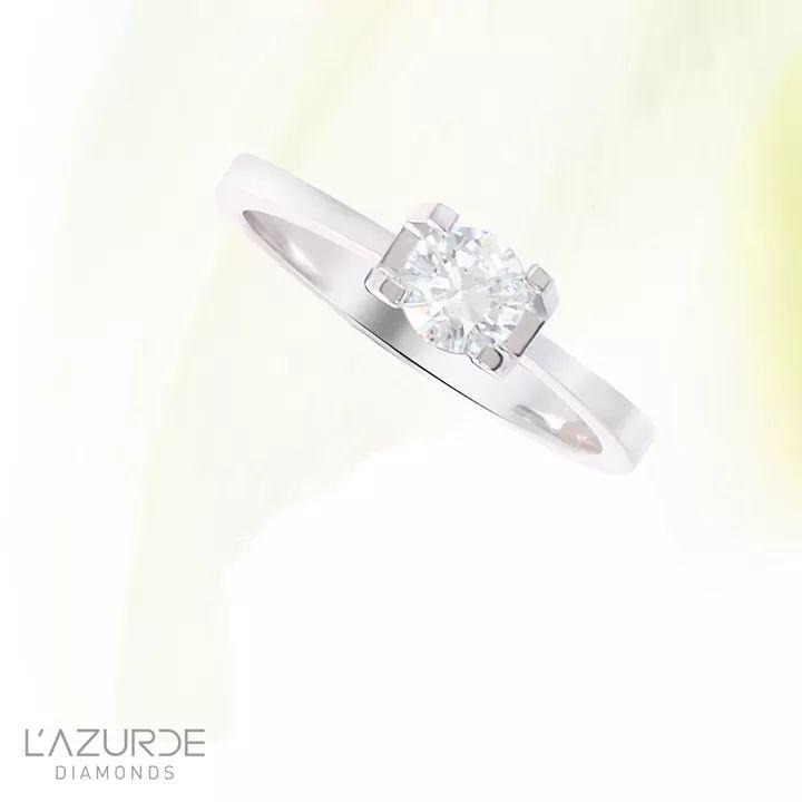 صورة خاتم ذهبي باللون الأبيض من لازوردي