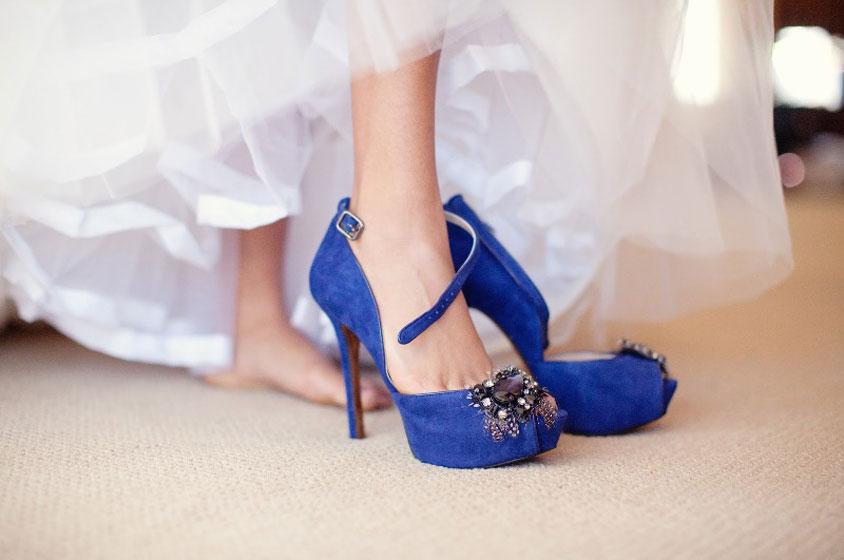 أجمل احذية العروس باللون الازرق