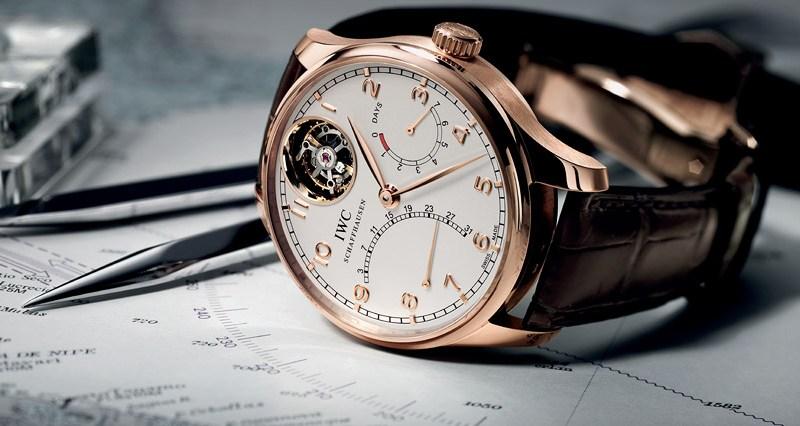 أجمل تصميمات الساعات الذهبية