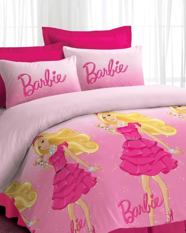 الدمية باربي من الشخصيات المفضلة لأغلب الفتيات