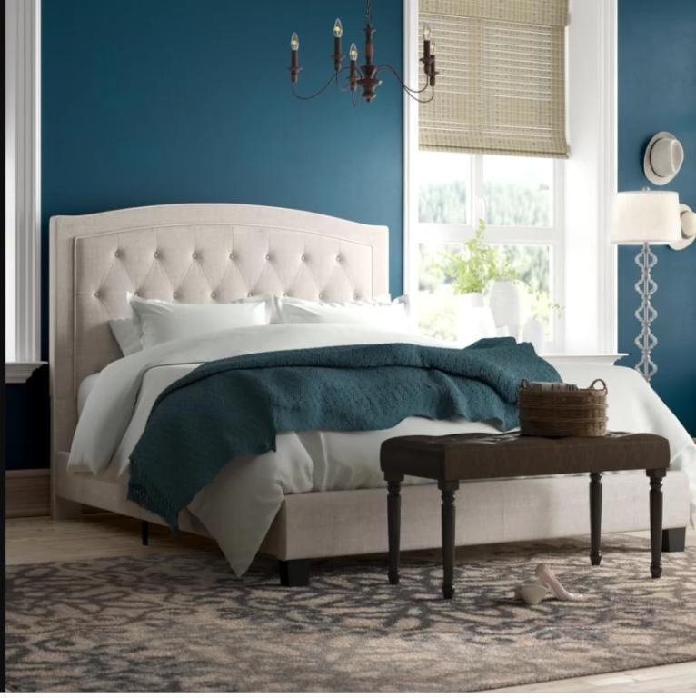 اللون الأزرق الخلاب يزين ديكور غرفة النوم
