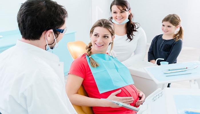 امراض الاسنان للحامل وتاثيرها على صحة الجنين