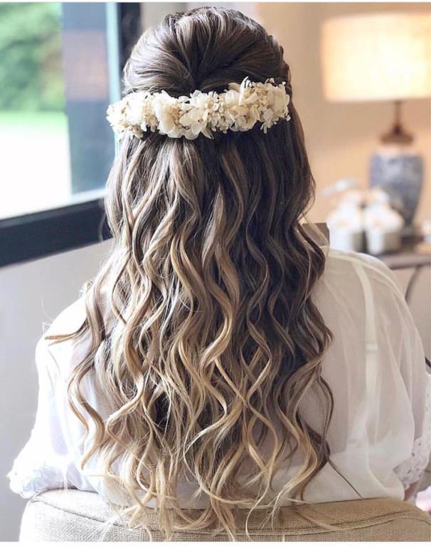 تسريحات-شعر-طويل-ويفى- (9)