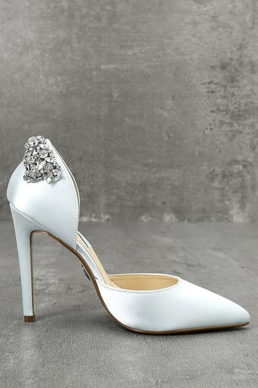 حذاء عروس باللون الازرق الفاتح