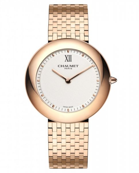 ساعة ذهبية من دار شوميه