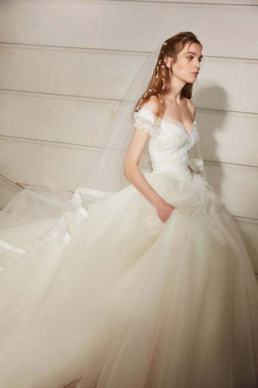 فساتين-زفاف-٢٠١٩-ايلي-صعب- (12)