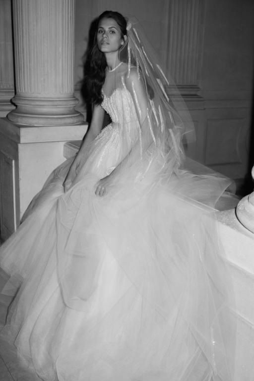 فساتين-زفاف-٢٠١٩-ايلي-صعب- (2)