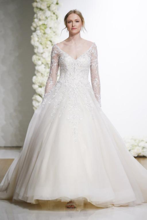 فستان زفاف بكم طويل من الدانتيل لعام 2019