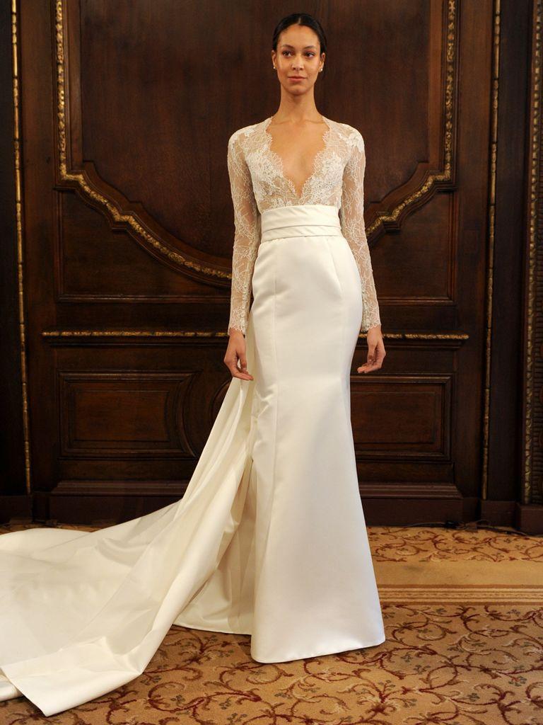 فستان من الساتان مزين بأكمام من الدانتيل تصميم 2019