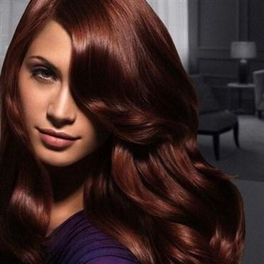 لون الشعر المناسب للبشرة الحنطية