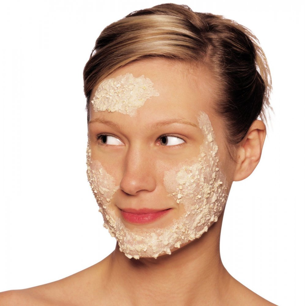ماسك الشوفان والحليب لتبيض البشرة الدهنية