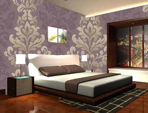 ورق حائط غرفة نوم باللون البنفسجي والفضي