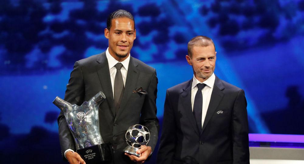 لأول مرة المدافع الهولندي فان ديك يفوز بلقب أفضل لاعب في أوروبا