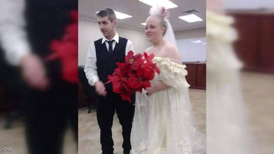حادث مأساوي يودي بحياة عروسين عقب زواجهما بدقائق