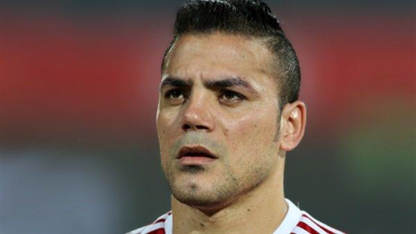 بالصور.. اللاعب عمرو ذكي يتعرض لحادث سير خطير